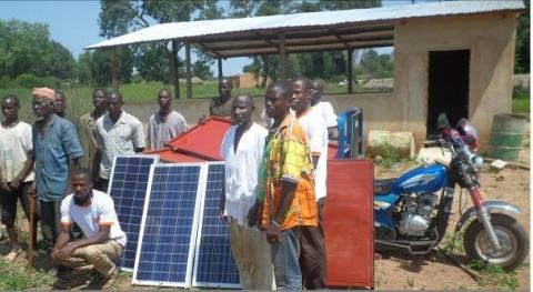 Centre d'électrification rural à Ferke contruit par Ingénieurs sans frontières - Côte d'Ivoire