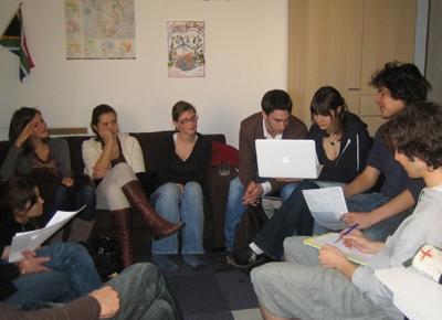 L'équipe d'ISF Nancy dans son local